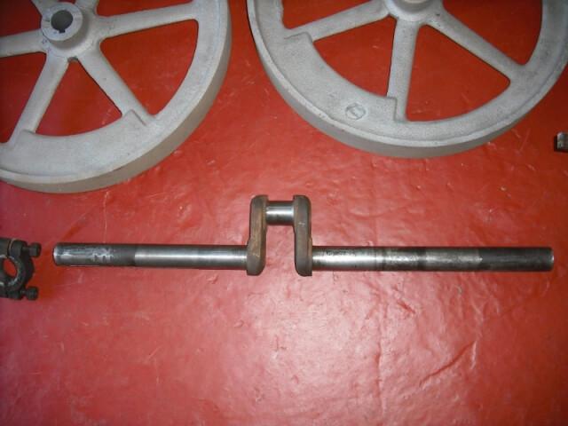 Ottawa 2.5 HP open crank stationary engine - 03