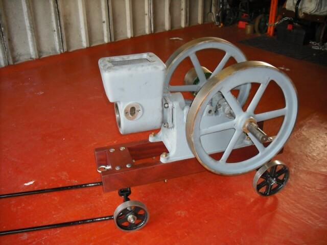 Ottawa 2.5 HP open crank stationary engine - 04